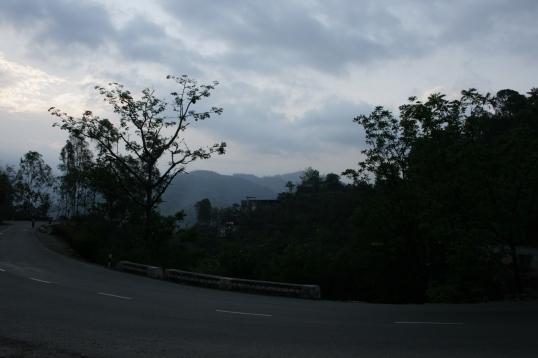 The binding roads to Kasauli